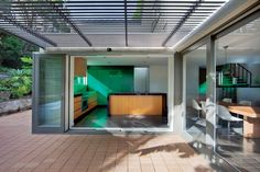 This 1960s iconic Pettit and Sevitt design in Sydney Australia's Middle Cove, renovated by architect Alison Nobbs