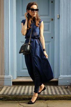 Street Style - Front Row Shop Navy Comfy Chiffon Semi-sheer Maxi Dress