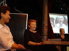 Nasza koprodukcja w reżyserii Yany Ross (na zdj. w środku), z wybitną rolą Danuty Stenki, została zaprezentowana w tym roku w ramach 47. edycji Tampere Theatre Festival w Finlandii. Spektakl został pokazany dwukrotnie, 8 i 9 sierpnia, i wzbudził zachwyt zarówno wśród fińskiej widowni, jak i krytyki. W prasie ukazały się recenzje polskiej produkcji, a reżyserka Yana Ross stała się jedną z najcieplej przyjętych i najbardziej rozpoznawalnych gwiazd festiwalu.
