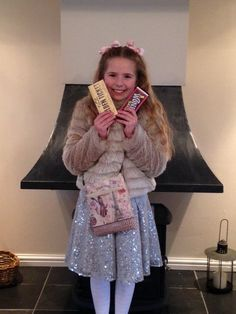 Veruca Salt costume from Charlie and the Chocolate Factory Meme Day Costumes, Diy Girls Costumes, Video Game Costumes, Family Costumes, Costumes For Women, Costume Ideas, World Book Day Outfits, World Book Day Ideas, World Book Day Costumes
