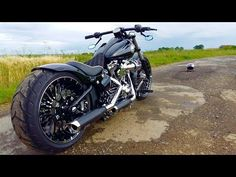 Harley Davidson FXSB Breakout Revival (Phildefer from France) - YouTube
