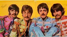 """Un disco de acetato de The Beatles logró venderse en una cifra récord de $290.500 dólares en una subasta. El ejemplar autografiado de """"Sgt. Pepper's Lonely Hearts Club Band"""" fue subastado y adquirido por un cliente anónimo de la casa Heritage Auctions en Texas. El álbum, autografiado por el cuarteto en junio de 1967, superó [...]"""