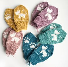 Ravelry: Terriervotten pattern by Tonje Haugli Kids Knitting Patterns, Knitting For Kids, Crochet For Kids, Knitting Designs, Knitting Projects, Crochet Patterns, Knitted Mittens Pattern, Fingerless Gloves Knitted, Knit Mittens