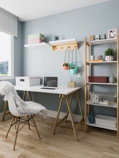 How to use easel table in home office decoration - Beatriz Rodrigues - M . - Trend Home Home Office Setup, Home Office Space, Home Office Design, Bedroom With Office, Kids Office, Office Ideas, Study Room Decor, Bedroom Decor, Aesthetic Room Decor