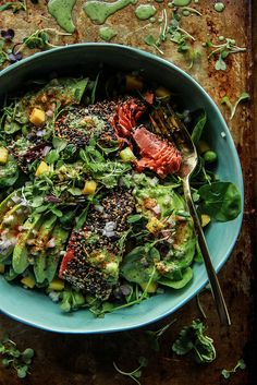 Seared Salmon and Avocado Salad with Ginger Vinaigrette (excellent and easy- used marinated tofu in place of salmon and snap peas in place of edamame) Salmon Recipes, Fish Recipes, Seafood Recipes, I Love Food, Good Food, Yummy Food, Healthy Recipes, Cooking Recipes, Detox Recipes