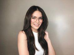 Filipina Actress, Filipina Beauty, No Make Up Make Up Look, Head & Shoulders, Cute Beauty, Rich Girl, Asian Beauty, Beautiful People, Makeup Looks