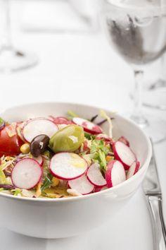 Sesam-Schafkäse-Salat