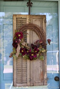 Vintage Shutter Wreath Craft Is Fun Festive Front Door Decor - Add character to a wreath by using vintage shutters. The purple flowers on the grapevine wreath pop - Diy Fall Wreath, Wreath Crafts, Fall Diy, Fall Wreaths, Door Wreaths, Grapevine Wreath, Wreath Ideas, Autumn Wreaths For Front Door, Old Shutters Decor