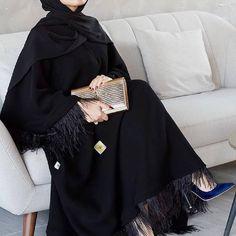 Discover the latest hijab fashion hijab styles 2019 Burqa Designs Abaya Designs . Discover the latest hijab fashion hijab styles 2019 Burqa Designs Abaya Designs Modest Fashion Iranian Women Fashion, Islamic Fashion, Muslim Fashion, Abaya Designs Latest, Abaya Designs Dubai, Modest Fashion Hijab, Niqab Fashion, Long Skirt Hijab, Burqa Designs