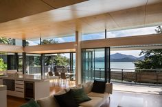 Gallery of Moetapu Beach House / Parsonson Architects - 14