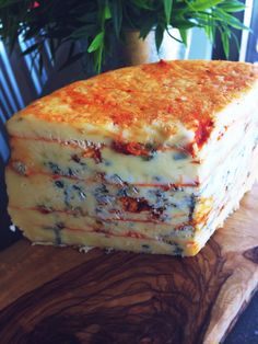 my newest creation. Ermite Blue with layers of Aji Limo paste. Best Cheese, Wine Cheese, Limo, Queso, Layers, Blue, Food, El Diablo, Layering