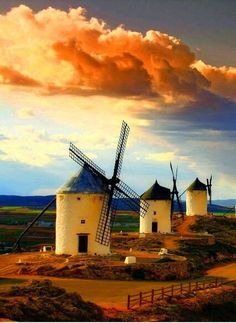 Spain Vincent Van Gogh, Man Of La Mancha, Scenery Pictures, Holiday Places, Le Moulin, Film Stills, Spain Travel, Trees To Plant, Netherlands