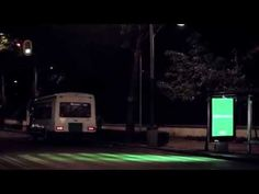 NESCAFÉ syncs billboard color with traffic lights