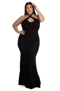 Flaunt it in plus-size dresses from casual to formal plus dresses & gowns for spring. Windsor also carries plus size shapewear, petals & pasties. Plus Size Gowns, Plus Size Prom Dresses, Plus Size Outfits, Halter Dress Formal, Dressy Dresses, Ladies Dresses, Long Dresses, Curvy Fashion, Plus Size Fashion