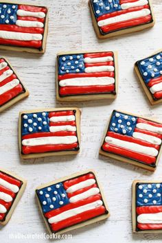 of July cookies: Decorate American flag cookies with royal icing for a of July or Memorial Day dessert idea. Blue Desserts, 4th Of July Desserts, Fourth Of July Food, 4th Of July Celebration, July 4th, Memorial Day Desserts, American Flag Cookies, Fudge, Berry