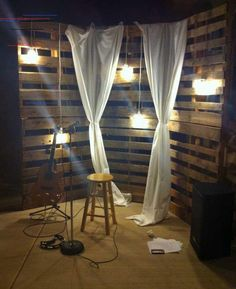 Stage lighting ideas backdrops youth rooms Ideas for 2019 Home Studio Musik, Music Studio Room, Karaoke Party, Stage Lighting Design, Stage Design, Studio Lighting, Lighting Ideas, Youth Group Rooms, Pallet Backdrop