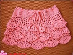 Crochet beautiful and delicate pink skirt for a girl. Free and simple patterns for crochet pink skirt for a little girl Skirt Pattern Free, Crochet Skirt Pattern, Crochet Skirts, Crochet Patterns, Baby Girl Crochet, Crochet Baby Clothes, Crochet For Kids, Bikini Crochet, Knit Crochet