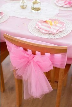 Party Décor & Details For an extra feel, wrap each chair with a pink tulle bow!For an extra feel, wrap each chair with a pink tulle bow! Pink Princess Party, Baby Shower Princess, Princess Sophia, Princess Theme, Pink Birthday, 4th Birthday Parties, Birthday Chair, 5th Birthday, Birthday Ideas