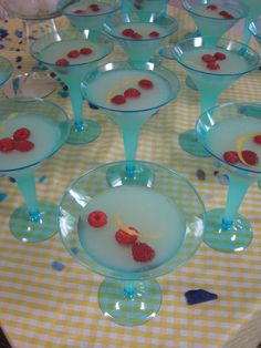 Rubber Duck baby shower = blue champaign glasses?