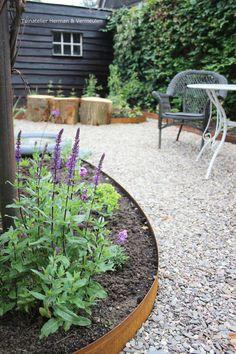 Pea Gravel Patio, Gravel Garden, Lawn And Garden, Home And Garden, Small Gardens, Outdoor Gardens, Pergola Patio, Backyard, Drought Resistant Landscaping