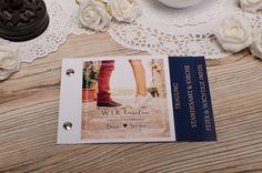 Moderne Einladung zur Hochzeit mit großem Foto auf der Vorderseite als Booklet Dina und Sergio - carinokarten