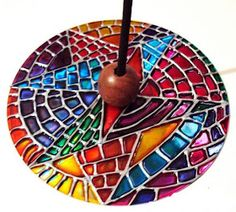 Creative Diy Ways To Reuse Old Cd's - Best Craft Projects Recycled Cds, Recycled Crafts, Cd Crafts, Arts And Crafts, Cd Recycle, Reuse, Repurpose, Diwali Decorations At Home, Ceramic Incense Holder