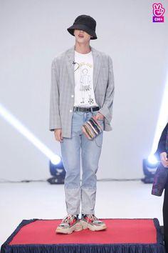Jin 171129 BTS RUN BTS! 2017 - Ep. 29 ♡☆♡