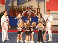 The best Youth cheer ideas Easy Cheer Stunts, Cheer Camp, Cheer Coaches, Gymnastics Stunts, Youth Cheerleading, Cheer Music, Cheer Dance, Easy Cheers, Cheer Pyramids