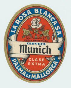 MUNICH Bottle Labels, Beer Bottle, Beer Labels, Retro Design, Vintage Designs, Club Colombia, Sous Bock, Beer Coasters, German Beer