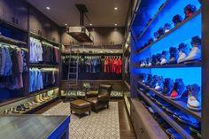 Top 100 Best Closet Designs For Men - Part Two Walking Closet, Walk In Closet Design, Closet Designs, Placard Design, Deep Closet, Closet Lighting, Master Bedroom Closet, Bathroom Trends, Display Shelves