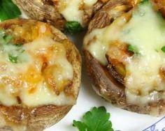 Champignons farcis sucré-salé au camembert allégé : http://www.fourchette-et-bikini.fr/recettes/recettes-minceur/champignons-farcis-sucre-sale-au-camembert-allege.html
