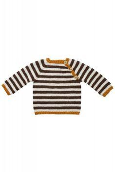 Modellen er strikket i Fino Organic Cotton+Merino Wool økologisk Easy Baby Knitting Patterns, Baby Sweater Patterns, Baby Cardigan Knitting Pattern, Baby Boy Knitting, Knitting For Kids, Kids Outfits Girls, Baby Outfits, Pull Bebe, Crochet For Boys