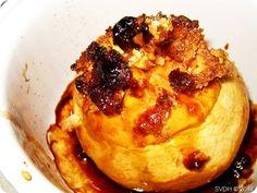 appels uit de oven (met amandelen en in rum geweekte rozijnen)