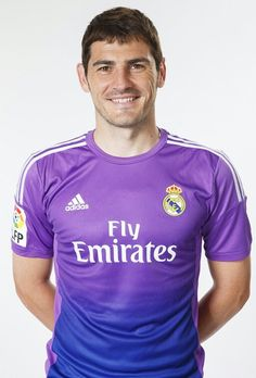 Iker Casillas - Oficial Portrait