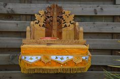 Catawiki online auction house: Hand-carved home altar - Bali -  Indonesia