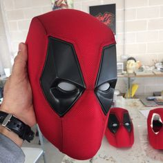Finished mask go to send Cosplay Deadpool, Deadpool Halloween Costume, Deadpool Mask, Lady Deadpool, Superhero Cosplay, Marvel Cosplay, Cosplay Armor, Cosplay Diy, Best Cosplay