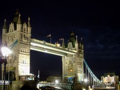 "The Tower Bridge of London! Some people think that the bridge name is ""London Bridge"", but that´s not true."