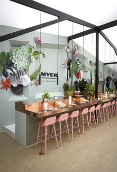 15 Awesome Bar Stool Designs www.designlisticl… 15 Awesome Bar Stool Designs www. Retail Interior, Restaurant Interior Design, Cafe Interior, Restaurant Interiors, Luxury Interior, Commercial Design, Commercial Interiors, Commercial Lighting, Bar Deco