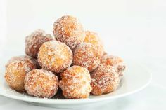 This post is going to be short and sweet today just like this simple donut recipe =). I'm in love and hate with this recipe I made. Love because they are
