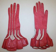 1920's red leather Art Deco gloves.....