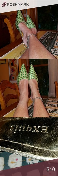 Vintage shoes from Paris Green and gold sparkly elegant and bold. They say 40 but i am a 7 and a half and fit well. exquis Shoes Mules & Clogs