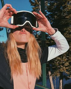 You are in the right place about apres Skiing Pictures Here we offer you the most beautiful pictures about the Skiing Pictures men you are looking for. Ski Girl, X Games, Burton Snowboards, Ski And Snowboard, Guy Pictures, Skateboard Art, Kitesurfing, Longboards, Michael Jordan