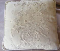stitches and Life: Memory Lane Monday - Schwalm Embroidery Jacobean Embroidery, Hand Embroidery Stitches, White Embroidery, Beaded Embroidery, Cushion Ring, Ring Pillow, Celtic Cross Stitch, Drawn Thread, Gold Work