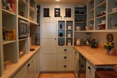 Walk In Kitchen Pantry With Custom Walk In Pantry Traditional Kitchen