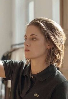 Tumblr First photo of Kristen as Maureen in Personal Shopper