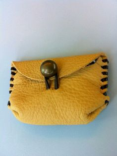 Items similar to Cute leather pouch on Etsy Leather Bag Tutorial, Leather Wallet Pattern, Leather Pouch, Leather Purses, Leather Art, Leather Design, Leather Jewelry, Leather Bags Handmade, Handmade Bags