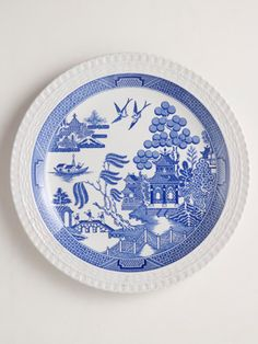 Willow was first engraved by Thomas Minton in 1790 and variations on the iconic blue-and-white pattern have been produced by almost every manufacturer over the last 200-plus years. This plate was made by Spode in 2002.