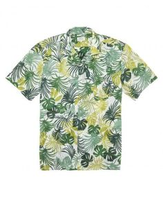 Summer ready with the Palm Print Shirt by Hartford! Lightweight botanical print cotton with short sleeves and front pocket.