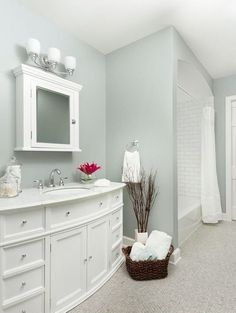 Small bathroom paint color idea- boothbay gray by benjamin moore. looks like a perfect grey-green :) Small Bathroom Paint Colors, Best Color For Bathroom, Neutral Bathroom Colors, Bathroom Color Schemes, Benjamin Moore Blue, Benjamin Moore Bathroom, Blue Gray Paint, Blue Grey, Favorite Paint Colors