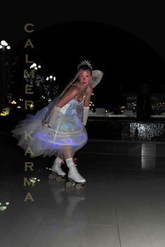 Christmas Party Entertainment   ROLLER SKATERS   Http://www.calmerkarma.org